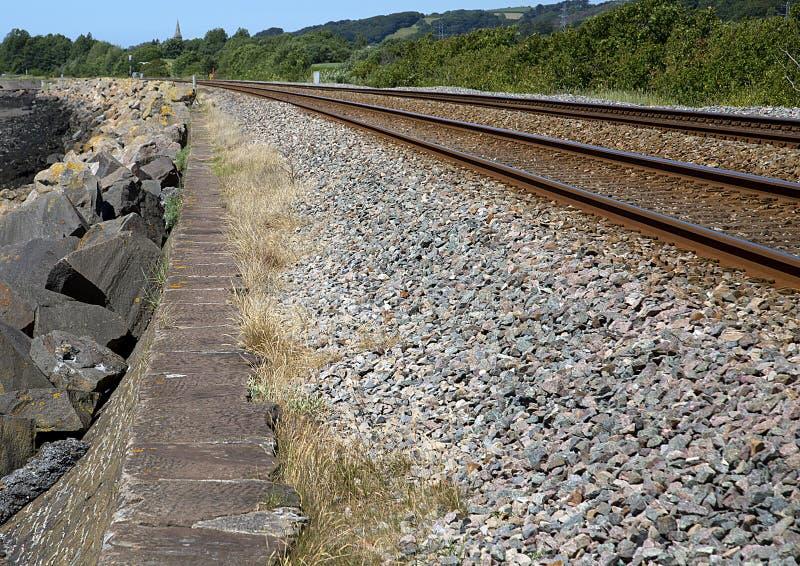 Linia Kolejowa, milenium Nabrzeżna ścieżka, Llanelli, południowe walie obraz stock