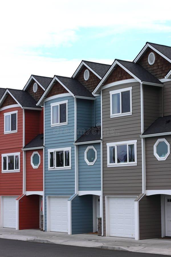 Linie von Häusern lizenzfreies stockbild