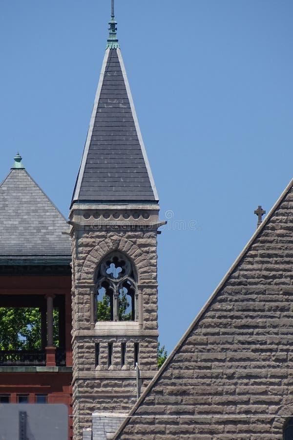 Linien auf Kirchen lizenzfreie stockbilder
