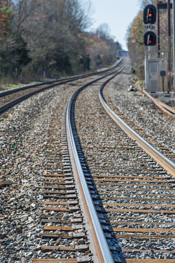 Linii kolejowej ścieżka gdzieś lub nigdzie zdjęcia stock