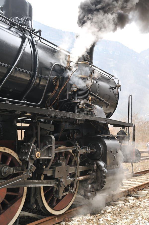 linii kolejowej kontrpary pociągu treno vapore fotografia stock