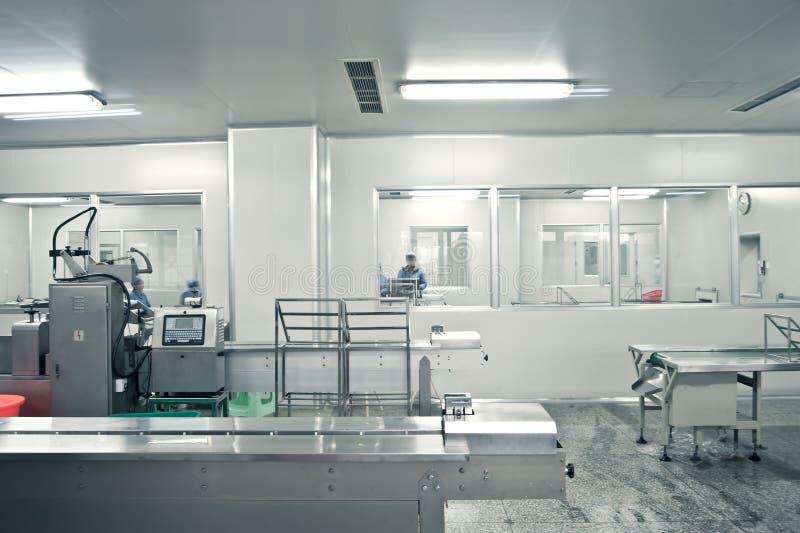 linje farmaceutisk produktion fotografering för bildbyråer