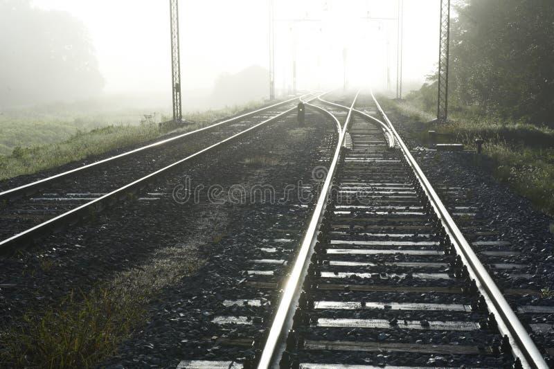 linje morgonjärnväg arkivfoton