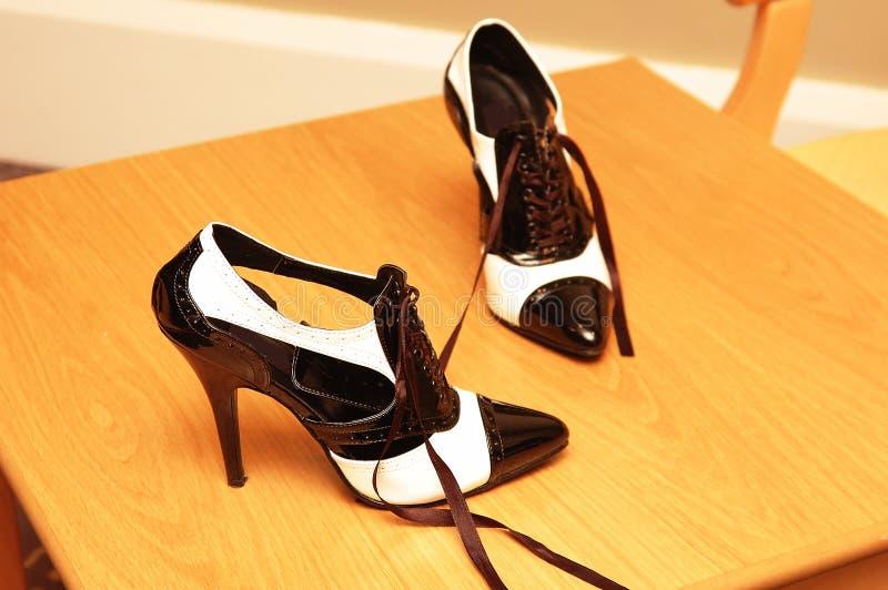 Linke Schuhe lizenzfreies stockfoto