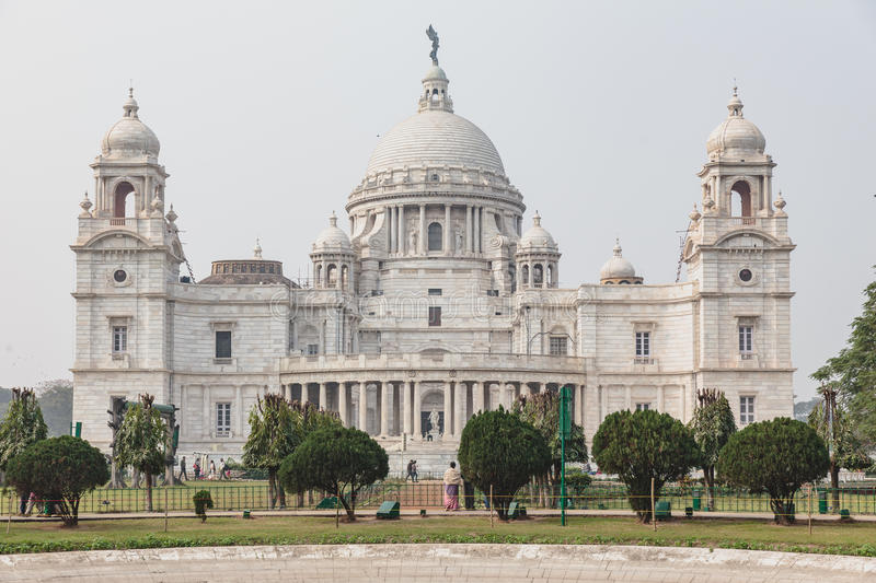 Linke Seite von VIctoria Memorial Hall in Kolkata, Indien stockfotografie