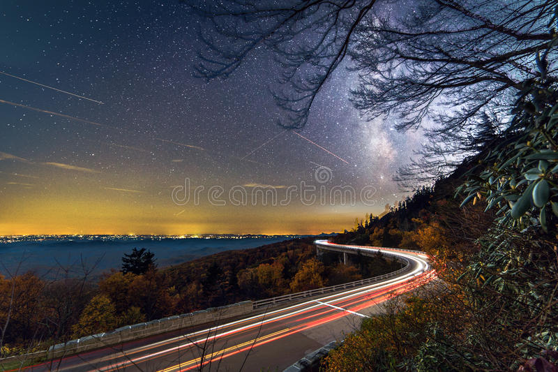 Linn Cove Viaduct Milky Way royalty-vrije stock foto