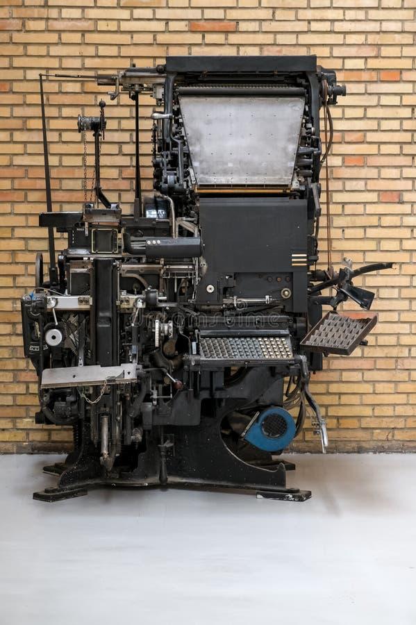 Linotypemaskin fotografering för bildbyråer