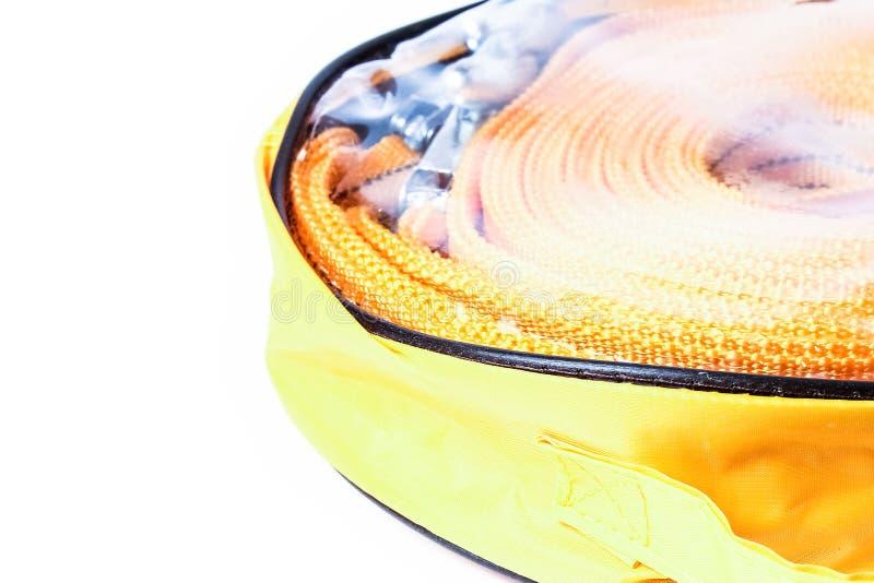 Linowa holownicza arkana dla samochodów na białym tle obrazy royalty free