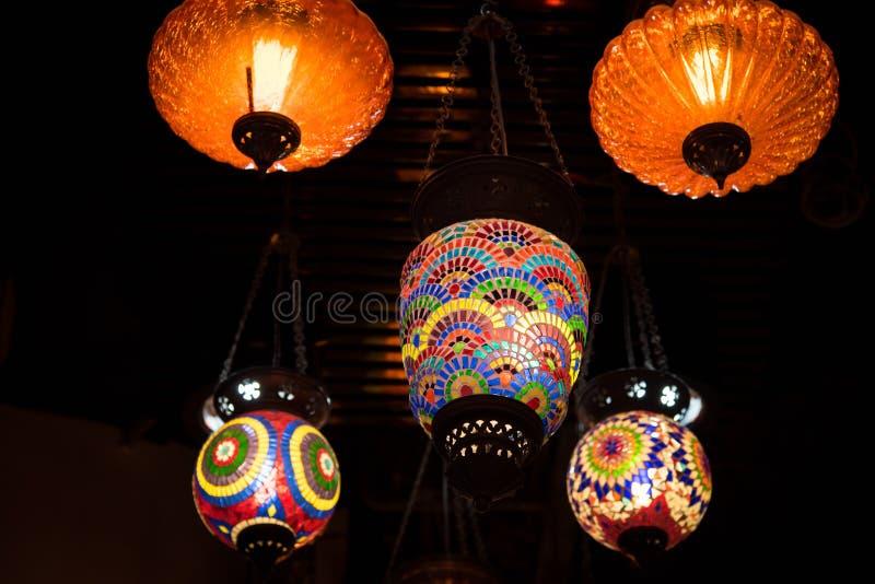 Download Linterna árabe retra foto de archivo. Imagen de mercado - 64204244