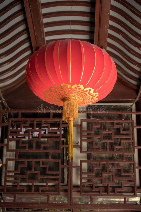 Linterna china roja en Yuyuan o el jardín de Yu en Shangai fotografía de archivo