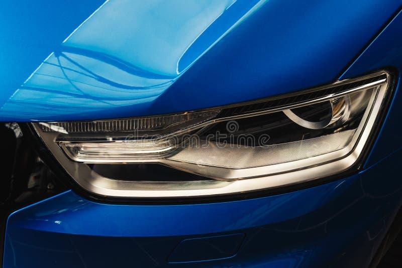 Linterna de un coche moderno foto de archivo