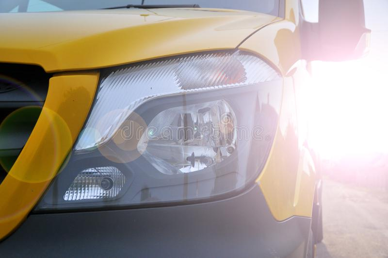 Linterna de un primer de gran capacidad moderno del coche fotografía de archivo libre de regalías