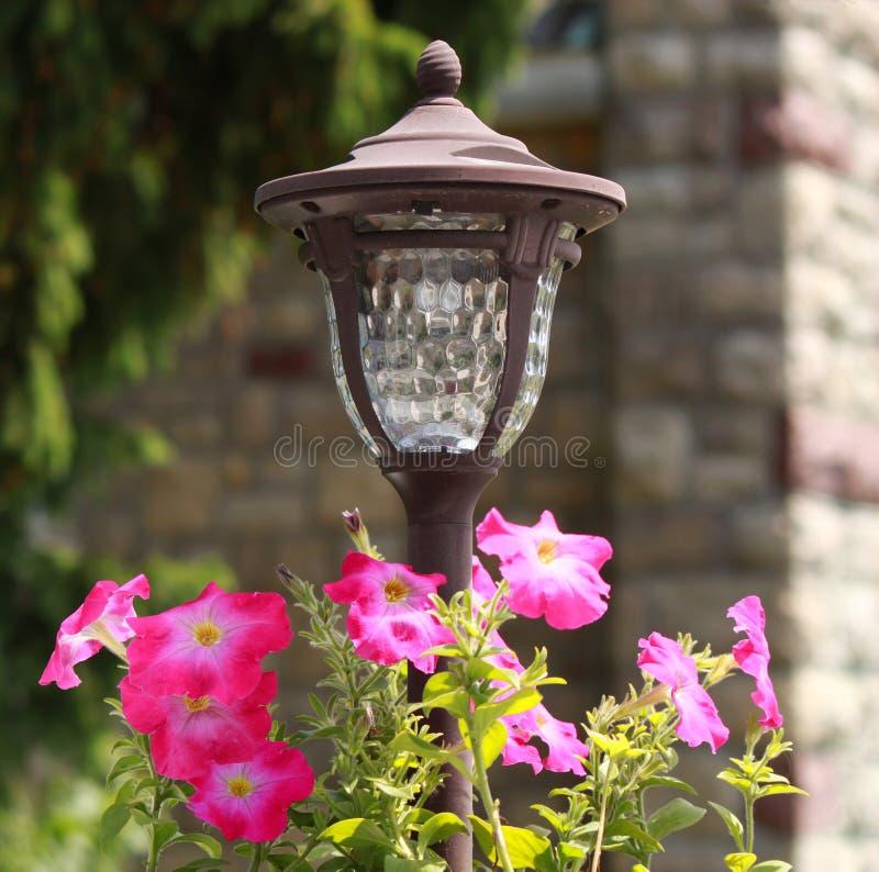 Linterna del jardín fotos de archivo