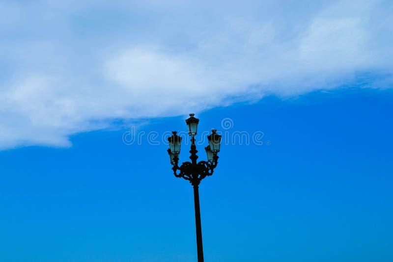 Linterna en el cielo imagen de archivo