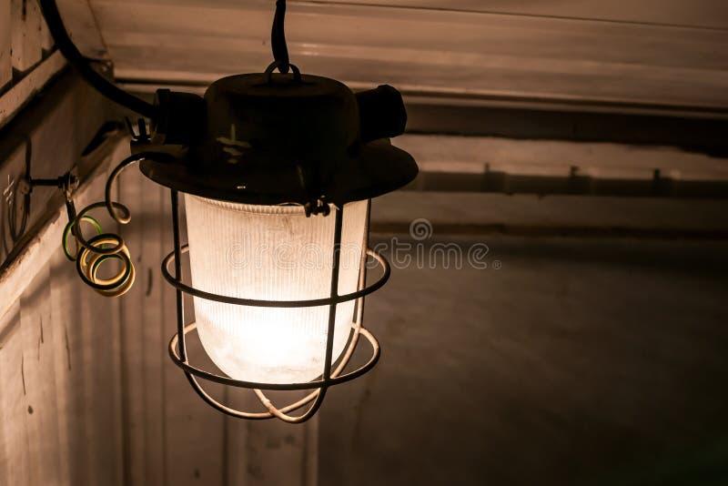 Linterna oxidada foto de archivo