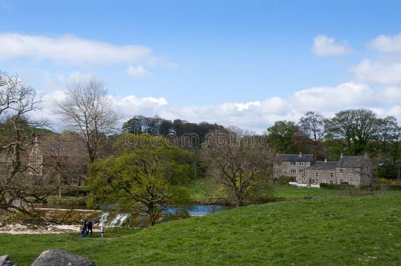 Linton понижается около Grassington в участках земли Йоркшира и падениях Linton стоковое изображение