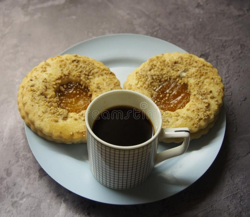 Linzer and a cup of coffee royalty free stock photos