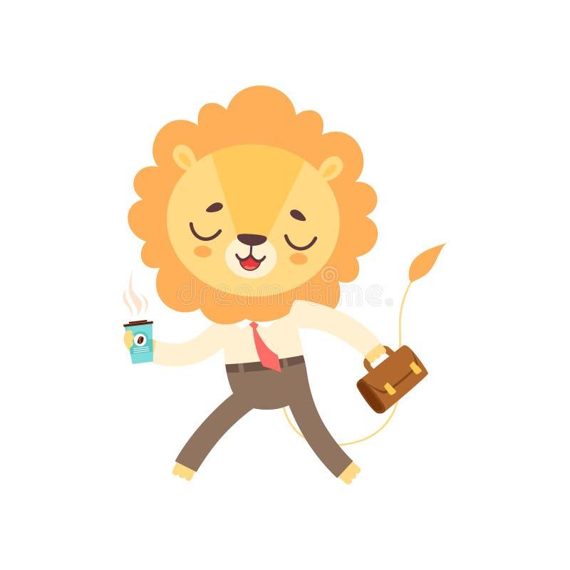 Lion Businessman Walking sveglio con la tazza di caffè e la cartella, vettore animale africano divertente del personaggio dei car illustrazione vettoriale