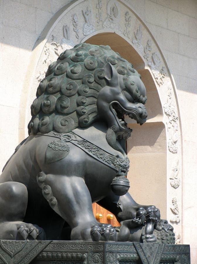 Lion chez Jing un temple photos stock