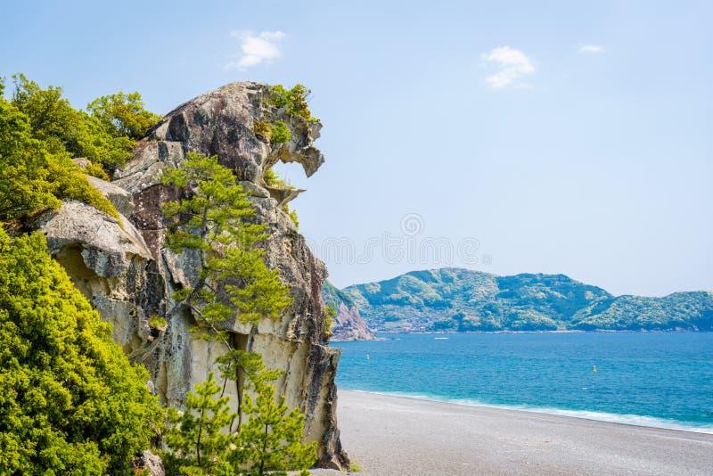 Lion Crag shishi-Iwa in Kumano, Japan stock afbeeldingen