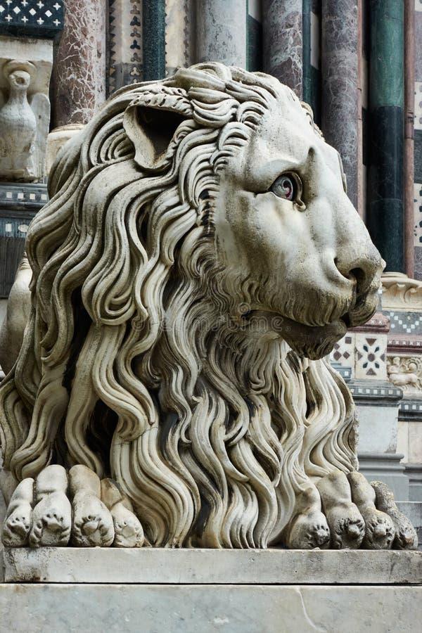 Lion de marbre à Gênes photo stock