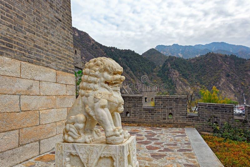 Lion en pierre chinois photo libre de droits