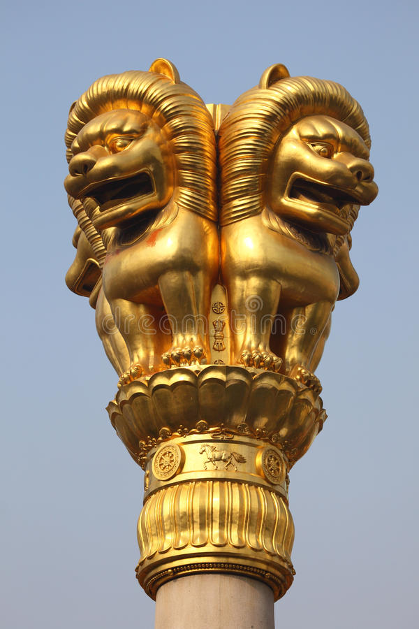 Download Lion golden statue stock photo. Image of vertical, animal - 17485846