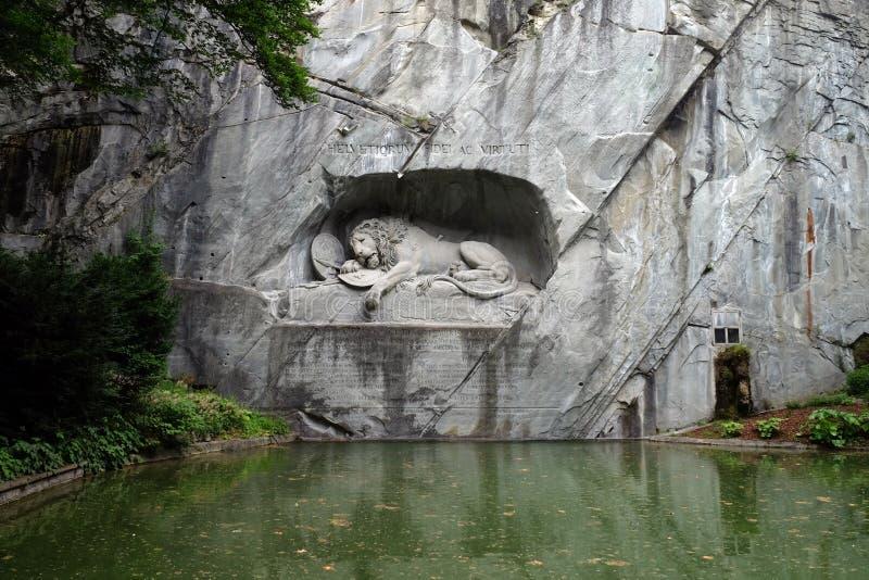 Lion Monument of de Leeuw van Luzerne stock afbeeldingen