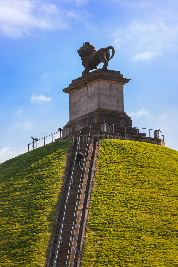 Lion Mound Monument i Waterloo Belgien arkivfoto