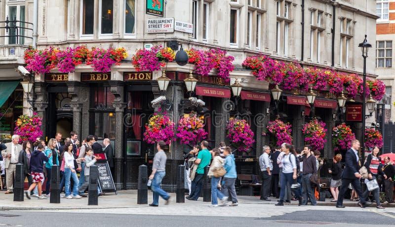 Lion Pub London rosso fotografia stock