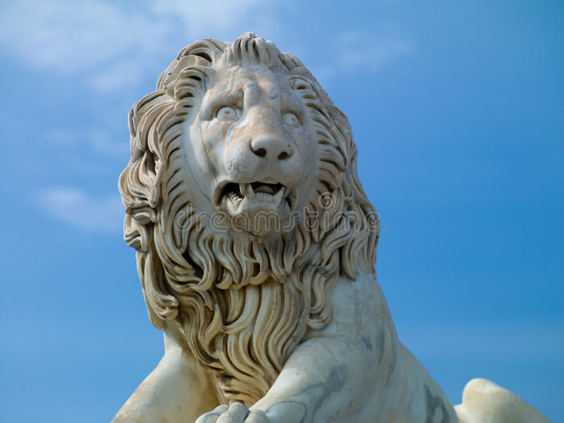 Download Lion sculpture stock image. Image of animals, power, architecture - 24846563