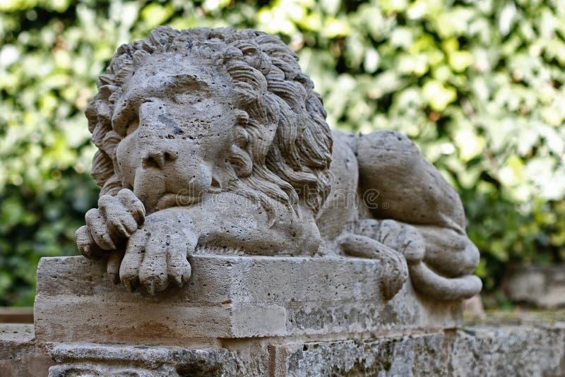 Lion Stone dans le jardin de Raixa photos libres de droits