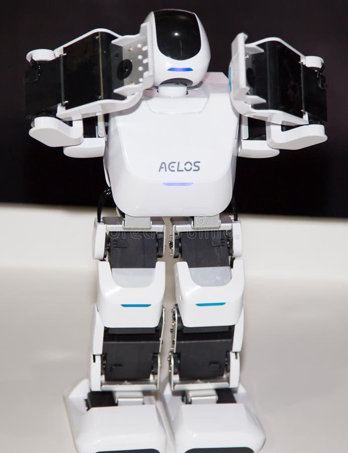 Lipetsk, Federación Rusa 16 de enero de 2018: Robot modelo en la exposición de robots en la ciudad de Lipetsk imagen de archivo