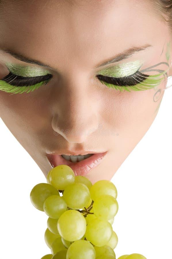 Lippen und Traube stockfotografie