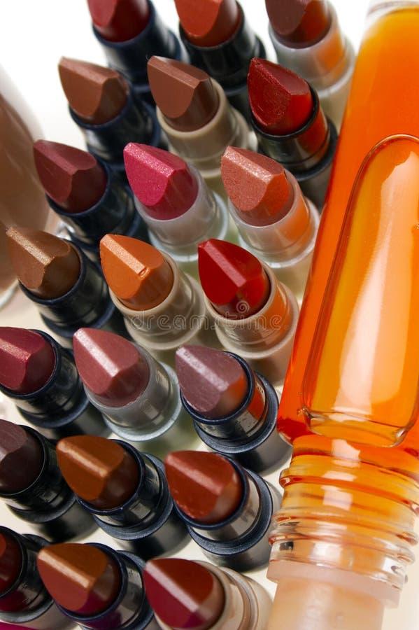 Lippenstiften en glazewear royalty-vrije stock afbeeldingen
