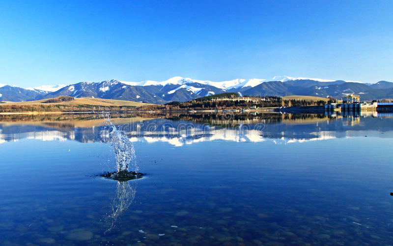 Liptovska Mara - le bassin dans la région Liptov image libre de droits