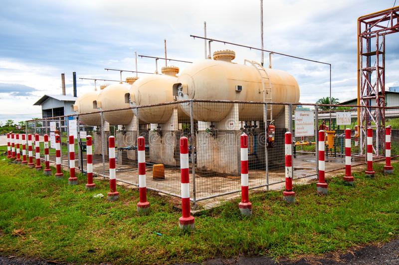 Download Liquid Petroleum Gas (LPG) Storage Stock Photo - Image: 26585386
