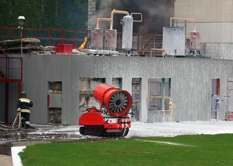 Liquidatie van brand met robotica royalty-vrije stock foto