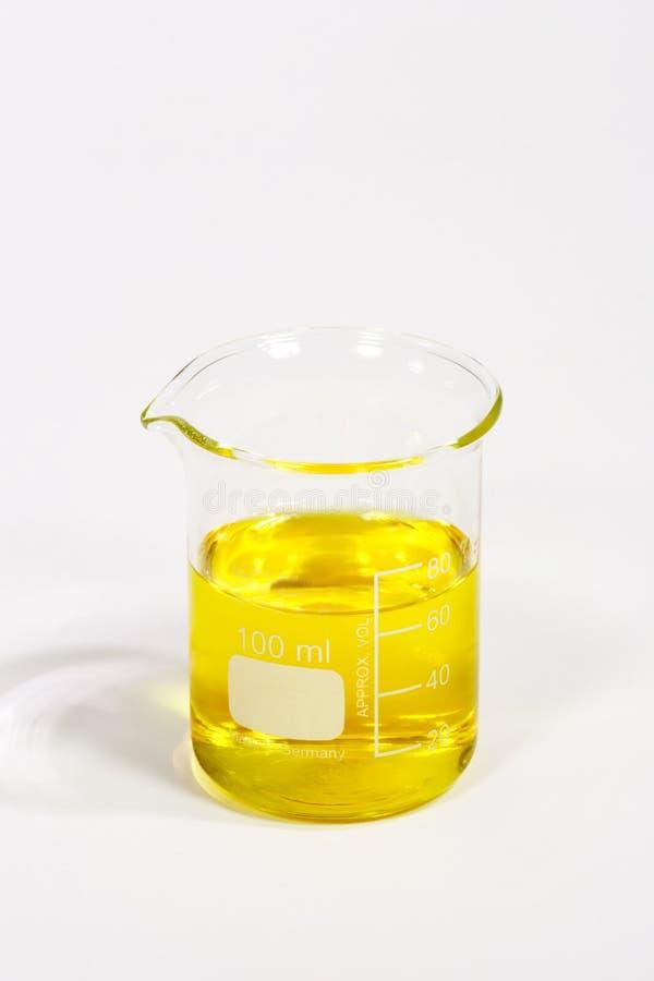 Liquide jaune images stock