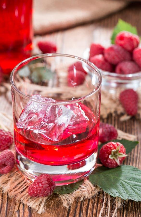 Liquore casalingo del lampone immagine stock libera da diritti