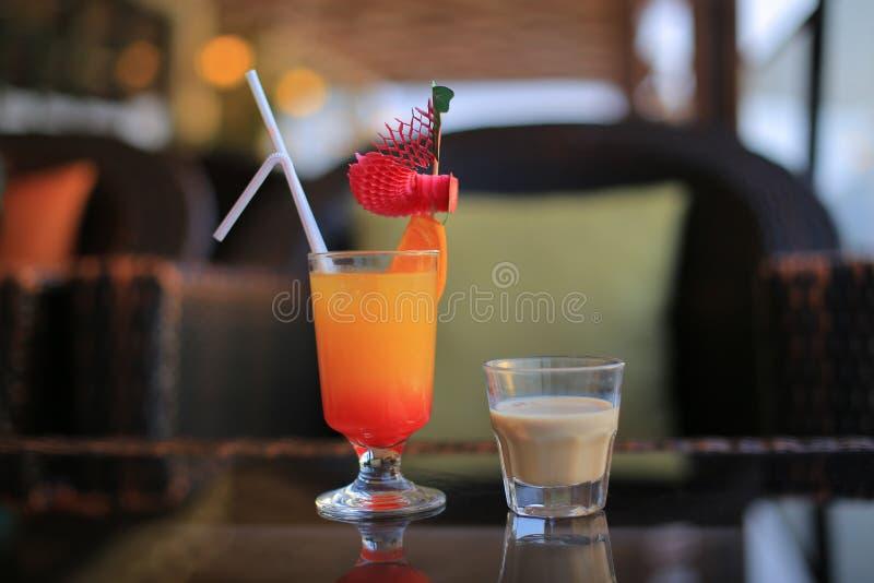 Liquore e cocktail di Baileys fotografie stock