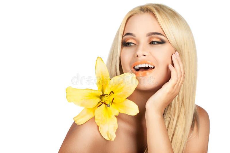 Download Lirio De La Belleza Y De La Dulzura Imagen de archivo - Imagen de terapia, joven: 44853833
