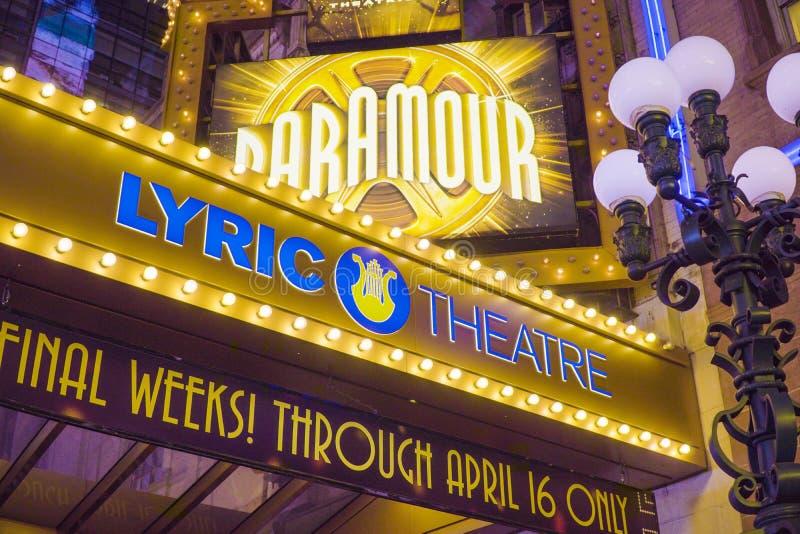 1, 2017 liryczny teatr na Broadway 42nd ulicie w Manhattan MANHATTAN, NOWY JORK, KWIETNIU - obraz royalty free