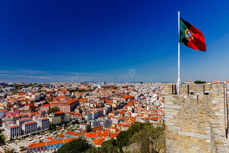 lisboa A bandeira portuguesa imagens de stock royalty free