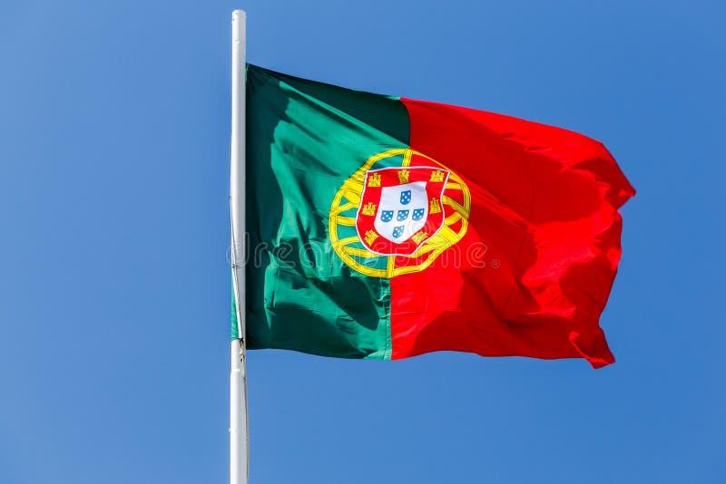 lisboa A bandeira portuguesa foto de stock royalty free