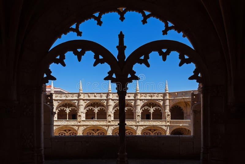 Lisboa, Portugal Claustro del monasterio de Santa Maria de Belem del monasterio o de la abad?a de Jeronimos aka imagenes de archivo
