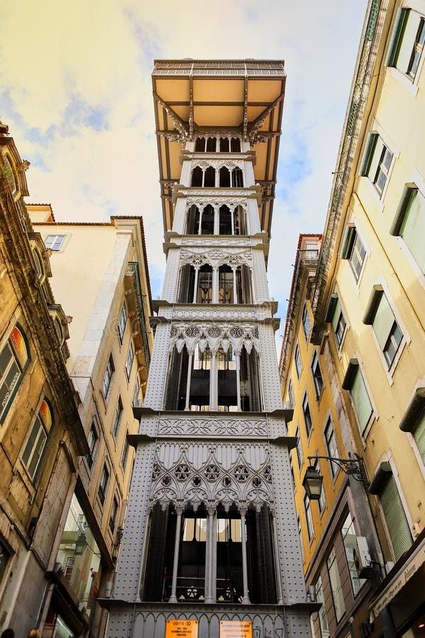 LISBOA, PORTUGAL - 12 de diciembre de 2018 Opinión Santa Justa Lift Elevador de Santa Justa imagen de archivo libre de regalías