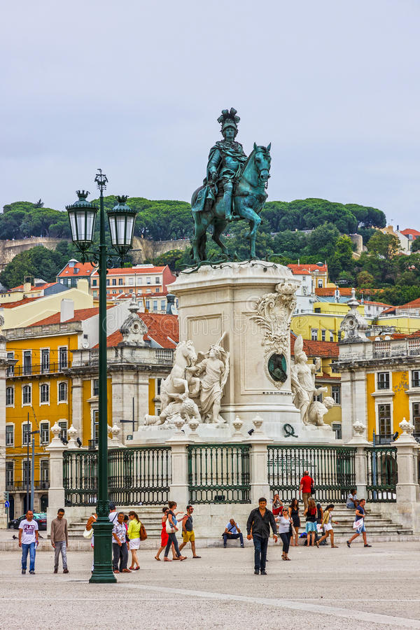 Lisboa, Portugal El cuadrado del comercio, Praca hace Comercio o Terreiro foto de archivo
