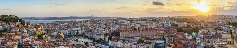 Lisboa Portugal sunset panorama cidade skyline fotos de stock royalty free