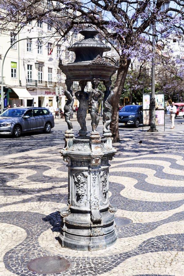 Lisbon fontanna Mali aniołowie zdjęcia royalty free